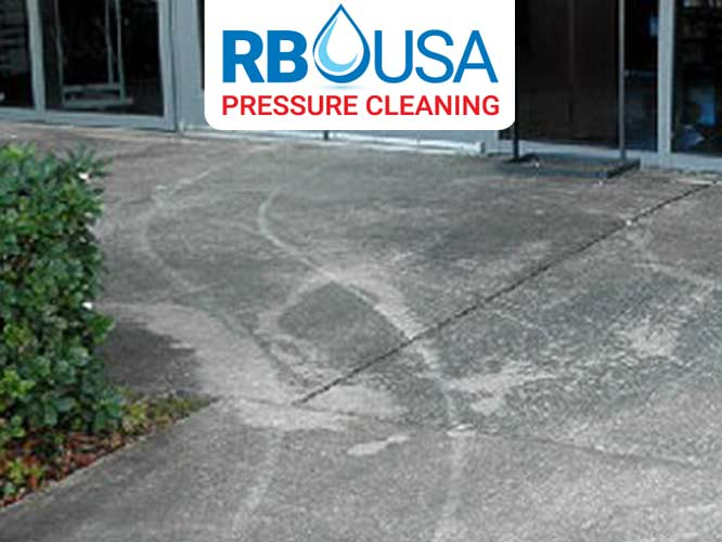 RBUSA-driveway-Pressure-Cleaning-before-2019-02